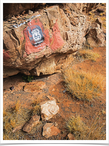Owl Rock-Route 66 (Z6547).jpg