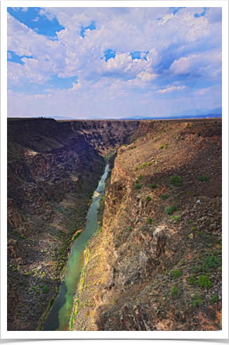 Rio Grande Gorge-north (K106X).jpg